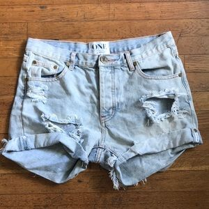 One Teaspoon Chargers Shorts!